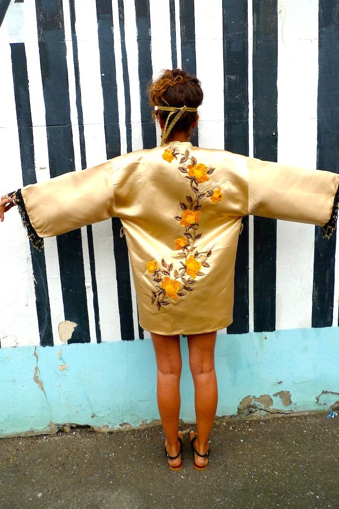 applique kimono