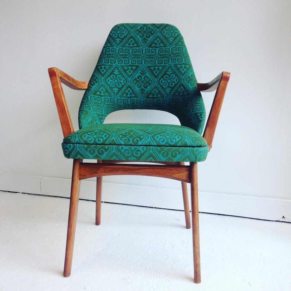 Mid Century Restored vintage Ben Chair