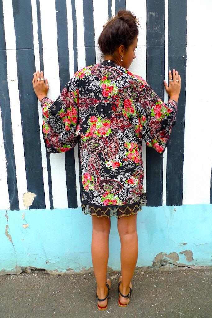 black gold kimono