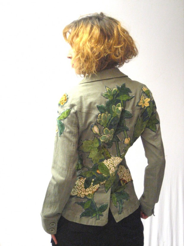 Applique floral khaki jacket