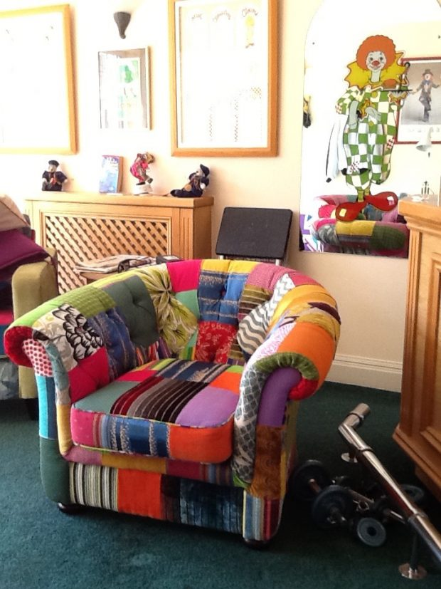patchwork-armchair-deepbutton